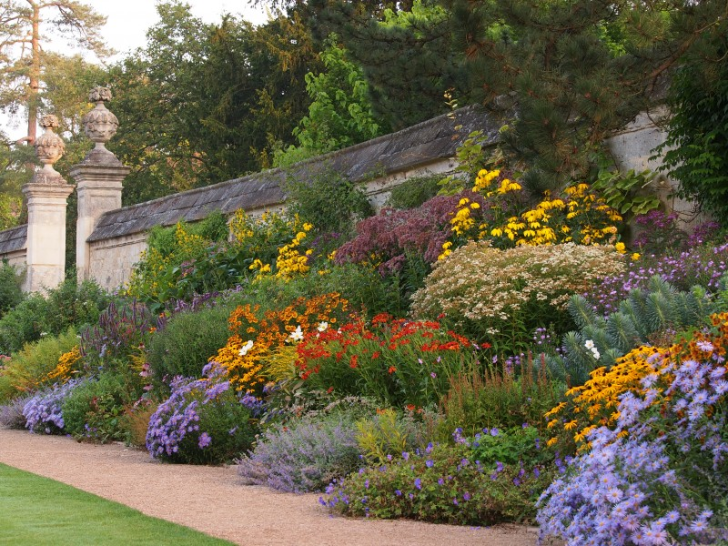 Nen ro n zahrada for Gardening zones ontario