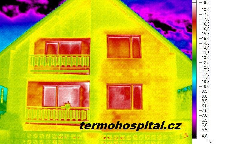 termovize, tepelný most zdivem a nevyhovující okna, skleněná výplň