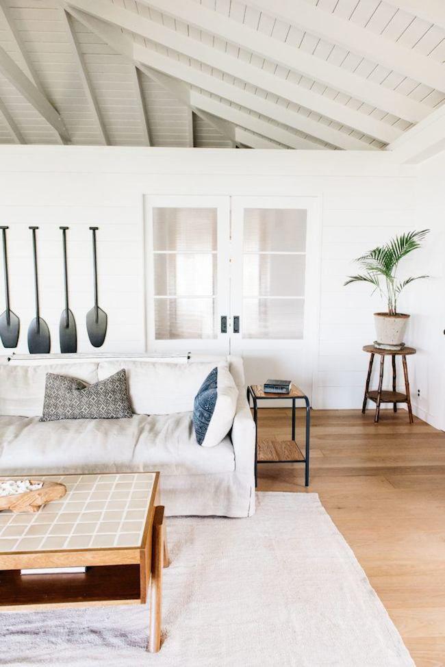 beach-house-living-room-1525279689