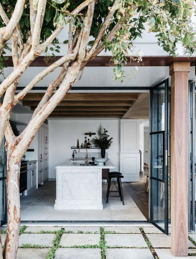 est-living-palm-beach-house-7-e1494625390541